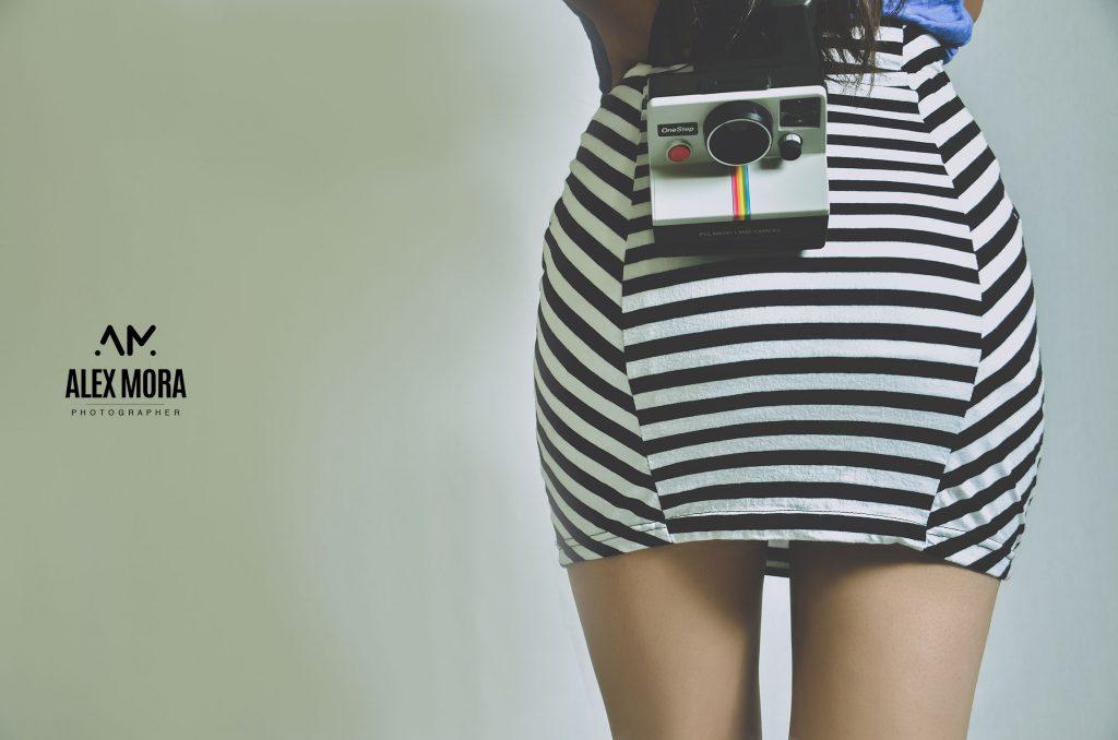 Sesión fotgráfica en estudio con la polaroid